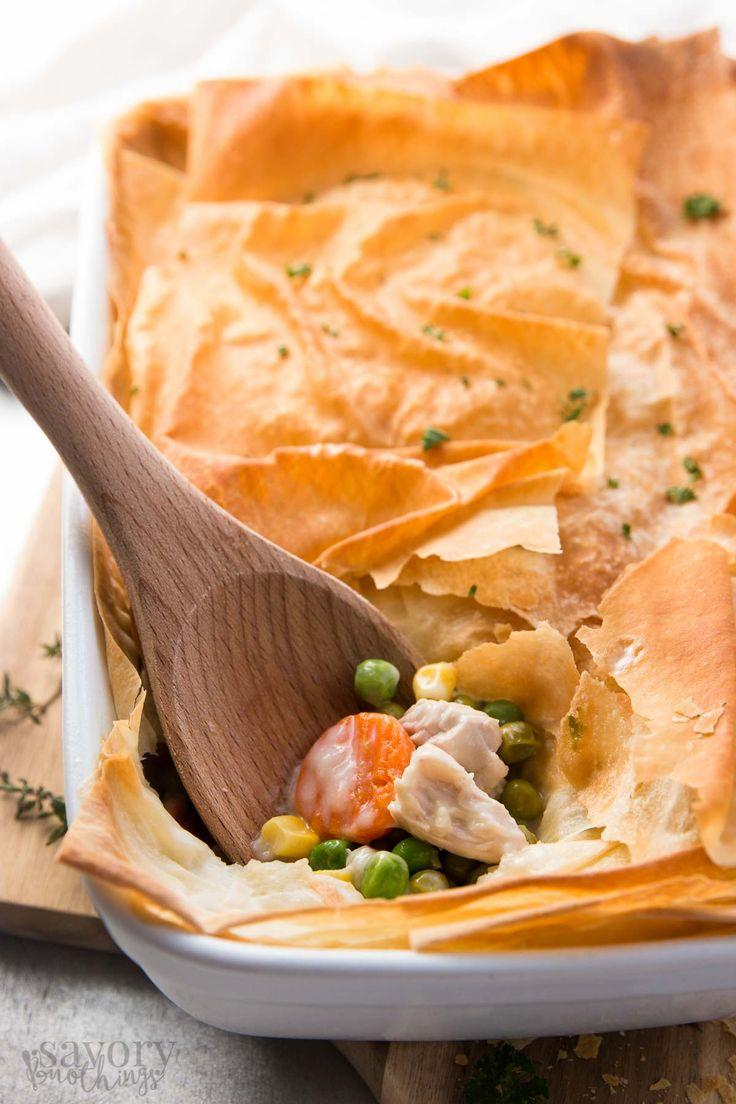 Healthy Easy Turkey Pot Pie http://livedan330.com/2015/11/30/healthy-easy-turkey-pot-pie/