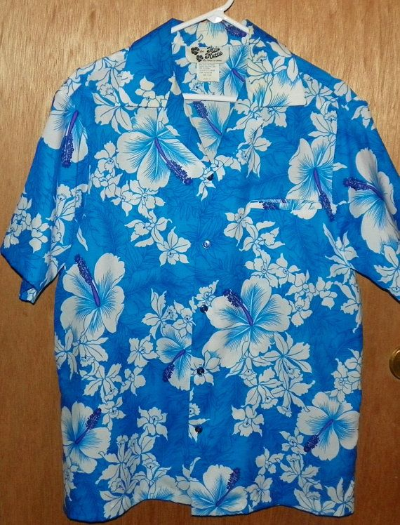 17268ad69 Vintage Hilo Hattie Floral Shirt Hibiscus Blue and White Aloha Camp Shirt  Size Large