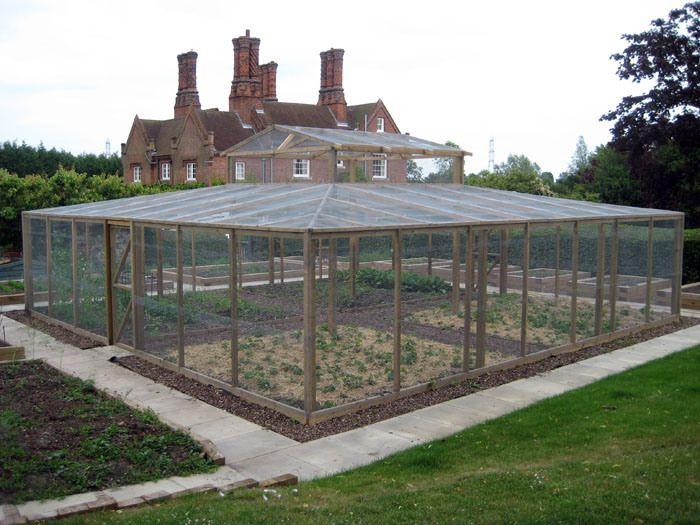 garden cage room