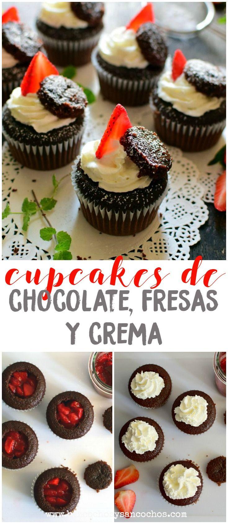 Cupcakes esponjosos de chocolate, rellenos de trozos de fresas maceradas y decorados con crema batida, fresas frescas y trozos del mismo bizcocho, fáciles y deliciosos. Perfectos para el brunch del día de las madres