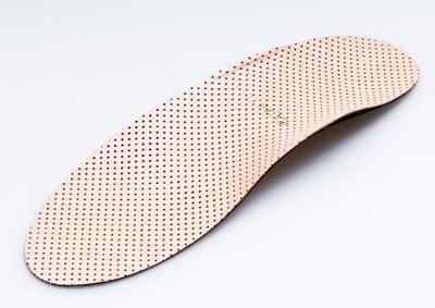 Повседневная мужская обувь спортивноготипа