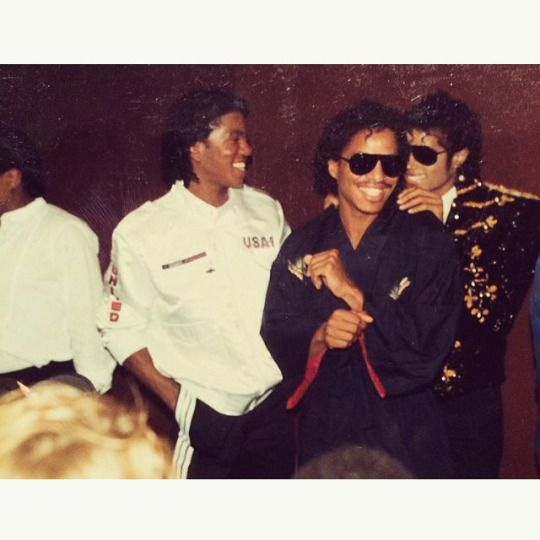 """New"" rare photos of Michael Jackson -"
