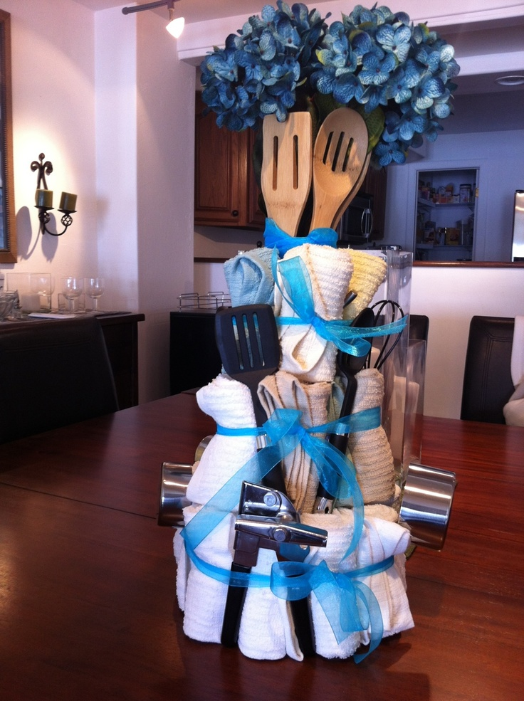 Wedding shower cake. Too bad my sister- to-be doesn't need anything for her kitchen