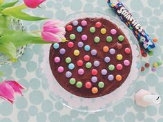 Einfacher Schokoladen Kuchen - Becherkuchen mit Smarties Chocolate Cake easy with smarties for Kids or Birthday
