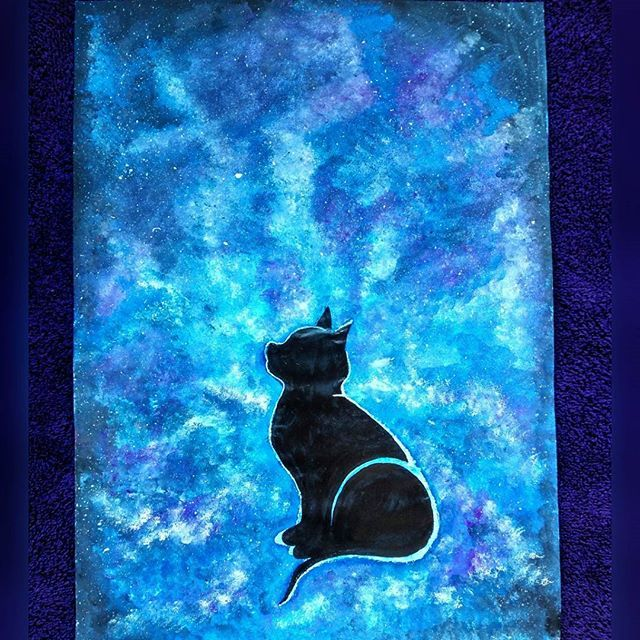 ❄ Expecto Patronum ❄... Took the #pottermore #patronus quiz n mine is a ocicat (no surprise there) @swethag1234 @pradnya_shinde_ and all my other #harrypotter #fanatic friends... Chk it out... N btw... I kno the cat doesn't look much like a patronus... Had a bit of ummm... Mishap(thrice) Will try other patronus painting... Tell me if any of u guys want me to paint ur patronus instagram: yashasvi12