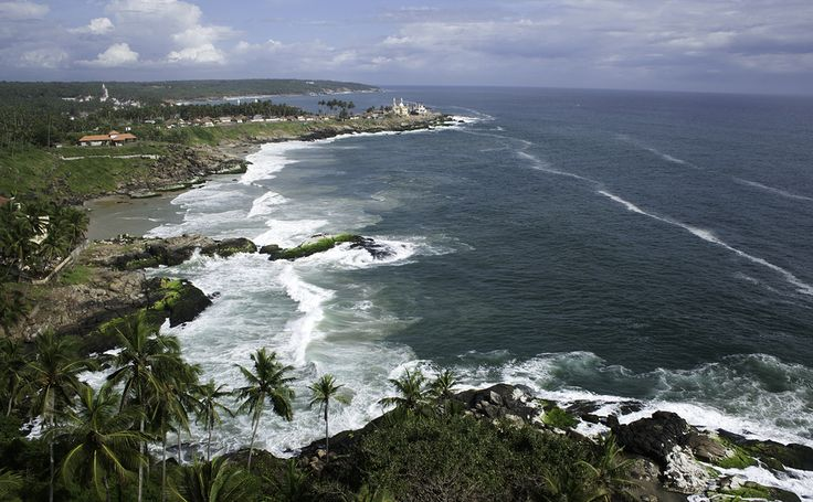 7 Nights & 8 Days Kerala Tour Packages. Destinations:	 Marari , Thekkady , Munnar , Kumarakom , Kovalam