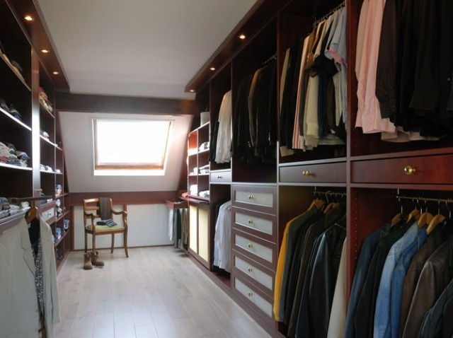 17 meilleures images propos de placard chambre sous - Dressing pour chambre mansardee ...