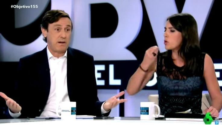 """Enganchada entre """"Rafa"""" Hernando e Irene Montero en el debate por Cataluña  http://www.ledes.tv/es/noticias/actualidad-politica/video/enganchada-de-rafael-hernando-e-irene-montero-en-pleno-debate-por-cataluna/4000  #Semana155ESP #FelizLunes #Semana155ESP #PP #Podemos"""