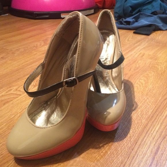 Color Block Platform Heels Cute color block platform heels for cheap, worn twice but too high for me! Do have small marks on them that can be removed but like new aside from that! Shoes Heels