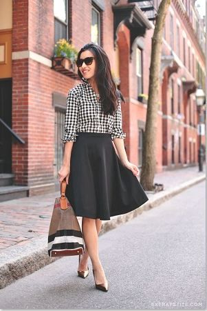 カジュアルになりがちなチェックシャツもモノトーンコーデで大人っぽく♪ チェックのアイテムを使ったコーデ術。参考にしたいファッションスタイルのまとめ☆