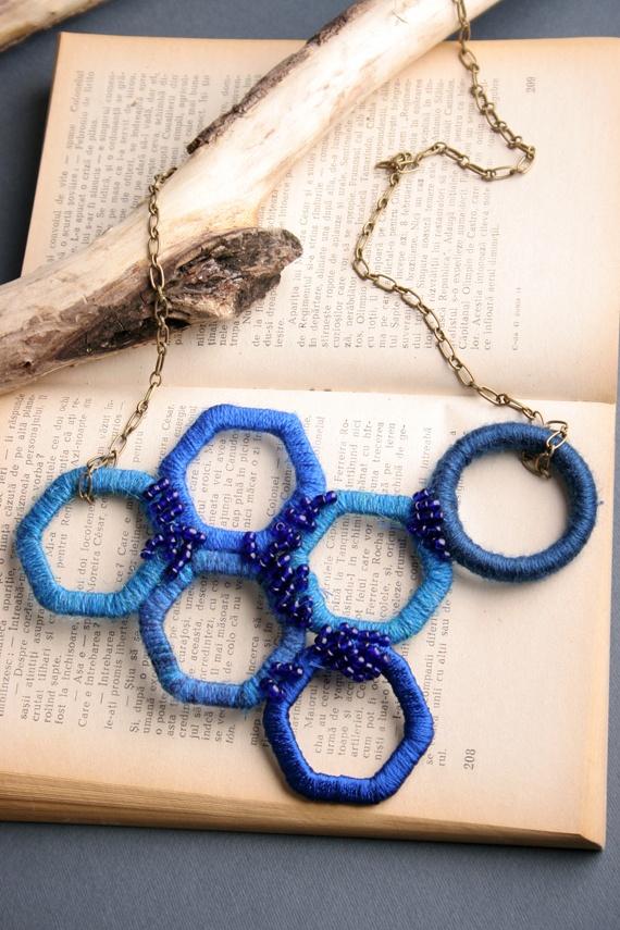 Blue as a girl can be de AcidCat Breslo