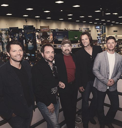 And here we have a rare photograph of the Supernatural cast...there's absolutely no sign of shenanigans anywhere...very rare indeed.