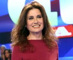Gigliola Cinquetti: cantante, attrice e conduttrice televisiva italiana.Ha pubblicato i suoi dischi in tutto il mondo, incidendo in otto lingue diverse, ed è quindi una delle cantanti italiane più conosciute all'estero
