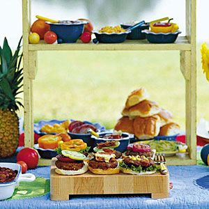 Backyard Burger Menu; Entertain guests with this impressive yet easy backyard burger menu. From serving refreshing homemade soda and juicy burgers to finishing with decadent banana pudding,  http://www.southernliving.com/food/holidays-occasions/summer-party-menus-00417000078771/page3.html