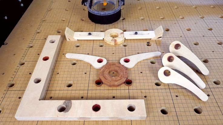 These kind of clamps could also be used on any workbench with dog-holes. My hole… – Holzarbeit
