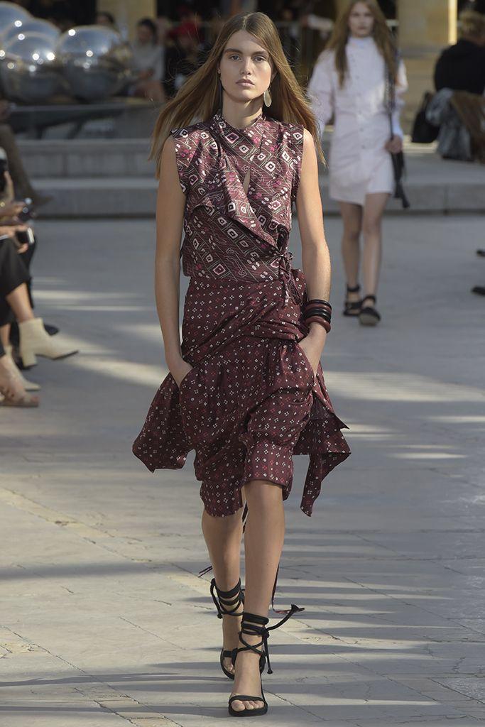 Isabelle Marant Ready To Wear Spring 2016 | WWD