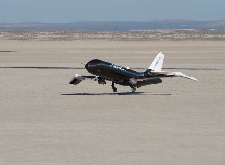 NASA tests in-flight foldable plane wings at supersonic speeds