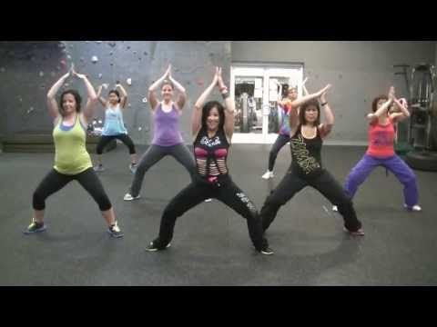 good ab Zumba workout - Baile de Los Pobres (Mashup Mexico) Calle 13