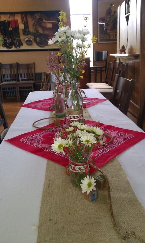 Cutest western party table! Love. Could use Pink bandanas for a baby cowgirl?