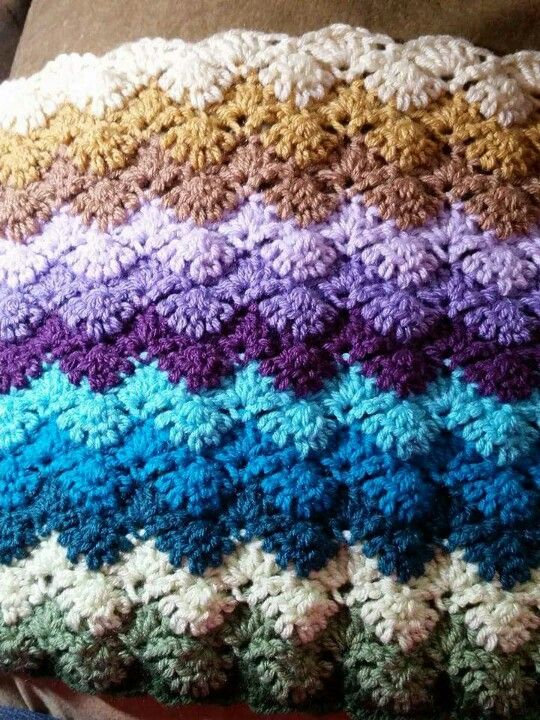 Free Crochet Afghan Patterns Shell Stitch : 182 best images about CROCHET - SHELL STITCHES on ...