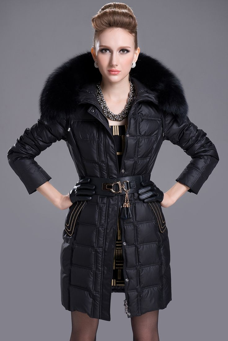132.12$  Buy here - http://aliqe1.worldwells.pw/go.php?t=32590693397 - 2014 women's winter coat luxory raccoon fur collar jacket ladies long winter down jacket european style cotton coat A946 132.12$