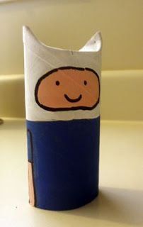 Adventure Time: Finn toilet paper roll craft (via Dream It Make It)