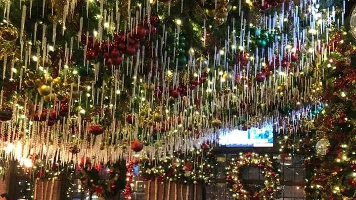 Roosevelt S Tulsa Ok With Images Holiday Decor Tulsa