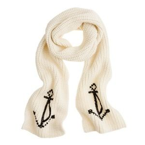 love this anchor scarf
