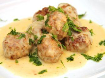 Svéd húsgombóc recept: Egyszerű és nagyon finom, laktató étel! Te is próbáld ki a hamisítatlan svéd húsgombócot! :)