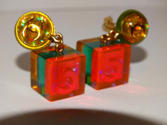 Chanel 5 Autentic VGE Iridescent Color Clip-on Earrings.
