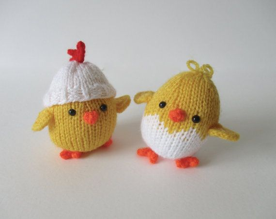 Knitting Patterns Toy Chicken : 17 Best images about Chickens on Pinterest Free pattern, The chicken and Toys