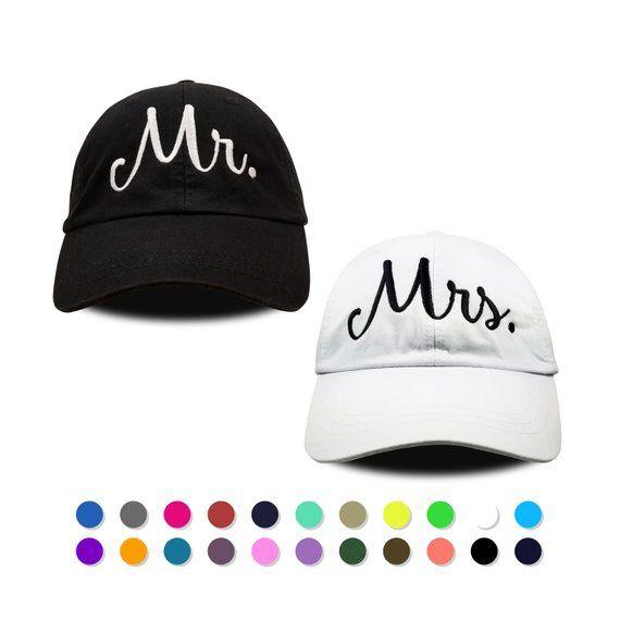 e48b018049103 Mr and Mrs Hat Set