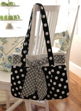 Ugh, I have the pattern and the fabric.  Why don't I have the bag???????