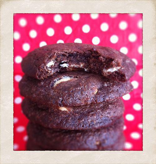 Choko cookies w. peanutbutter og white chocolate