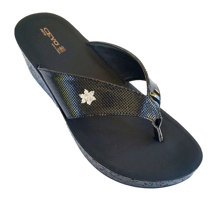 Women's Orthopedic flip-flop sandals *** Want to know more, click on the image.
