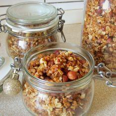 Křupavá ořechová granola