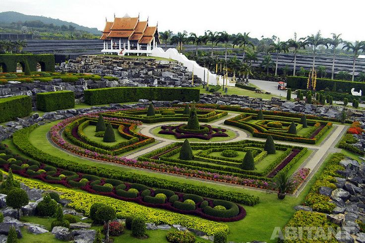Стильный тайский парк