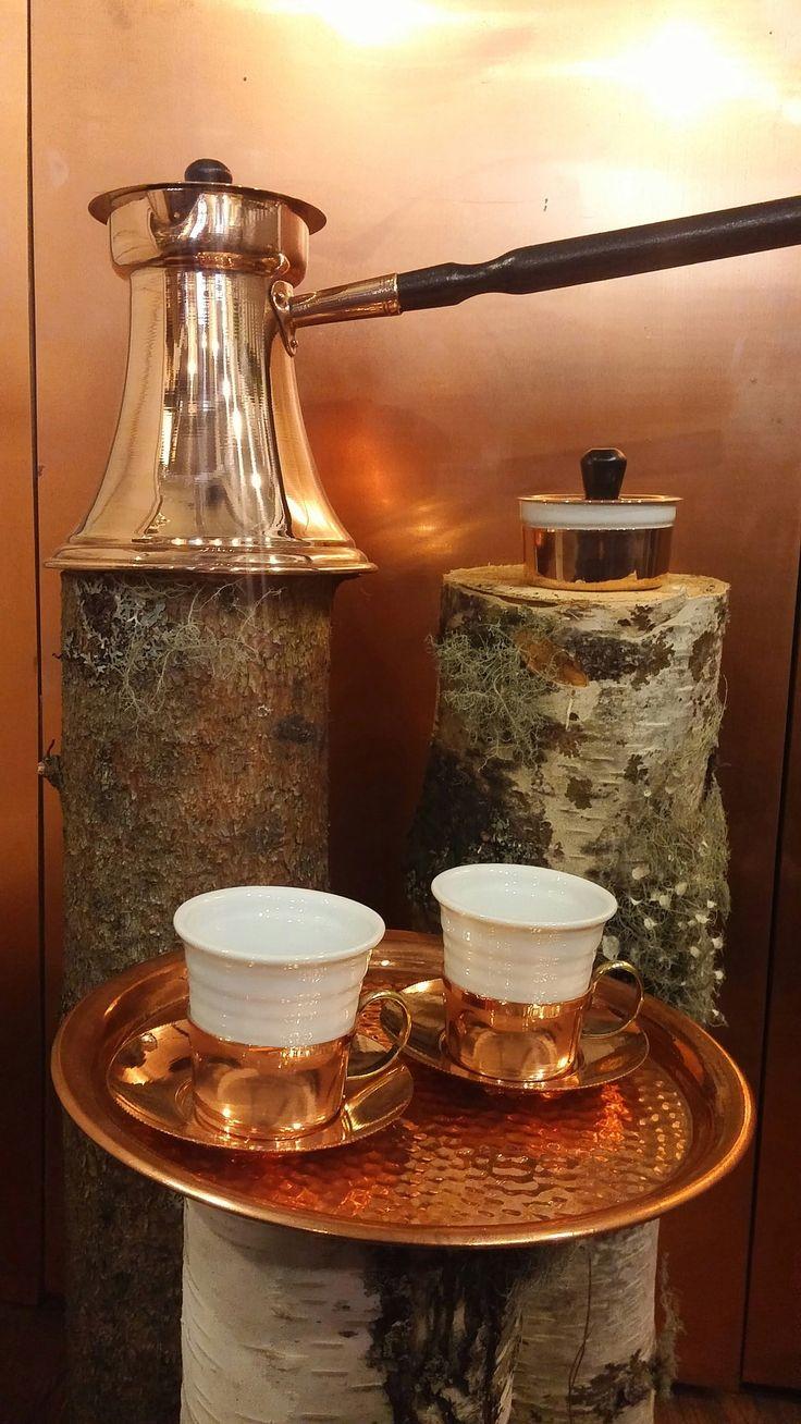 Wiener Rösthaus: handgearbeitetes Kupfer-Set für türkischen Kaffee