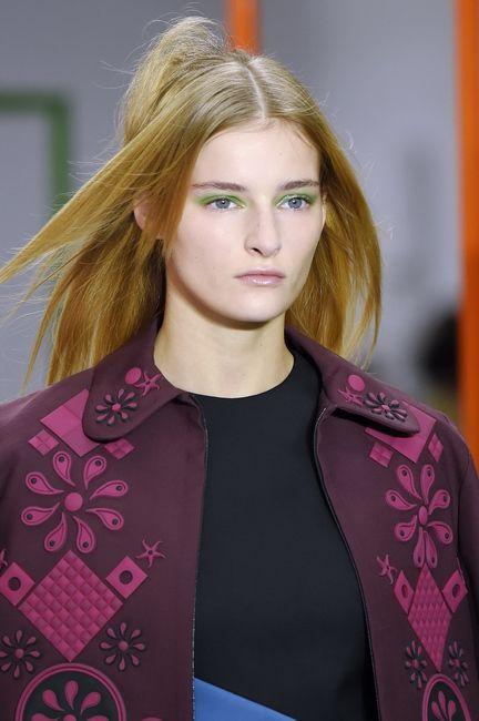 SS16 Holly Fulton blonde hair gren eyeshadow blue eyes purple coat