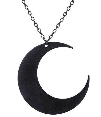 Colgante Luna Negra de #restyle #colgante #gotico #goth #alternativo #occult #gothicfashion #gothicstyle #colgantes #joyeria #wicca #moon #luna #xtremonline