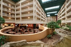 ★★★ Embassy Suites Philadelphia - Airport, Philadelphia, USA