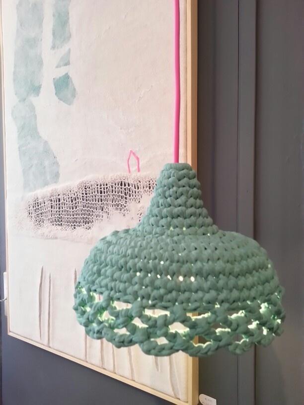 Hand-crochet lampshade 'Strikket'