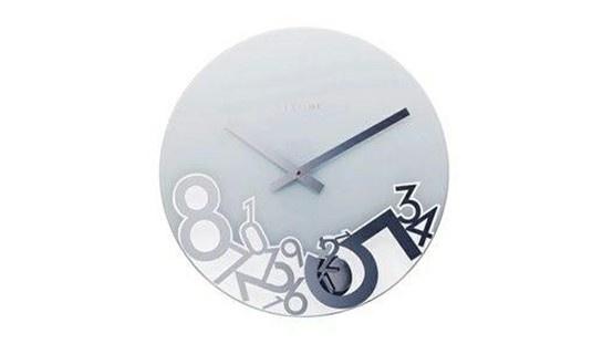 Descubra un reloj original, una creación de Alain Frie. Este sobierbo reloj de cristal tiene un diámetro de 43 cm.