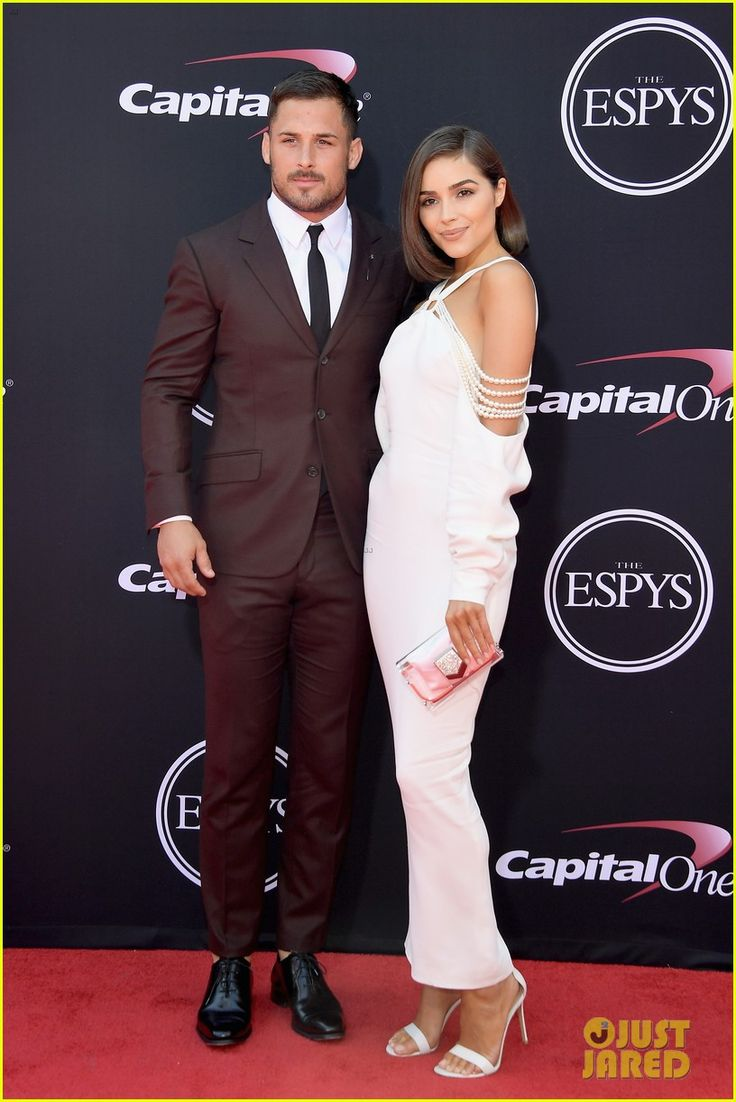 Olivia Culpo & Boyfriend Danny Amendola Join Stephen Curry & Wife Ayesha at ESPY Awards 2017