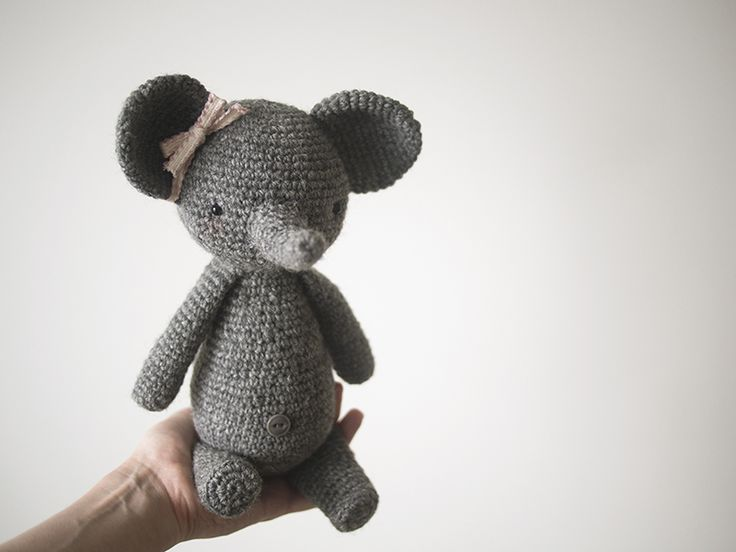 Elly the crochet elephant by kittyvane.deviantart.com on @DeviantArt