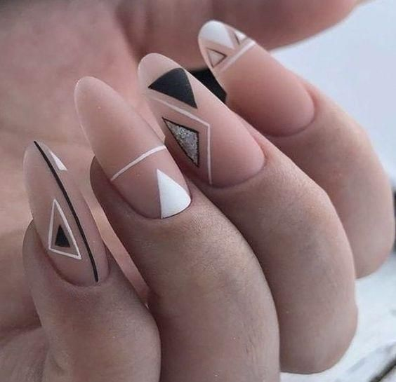 GEOMETRIC vernis a ongle unique clear nude nail artwork facile à faire poin…
