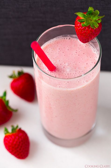 Strawberry Coconut Oat Smoothie - strawberries, banana, coconut/almond ...