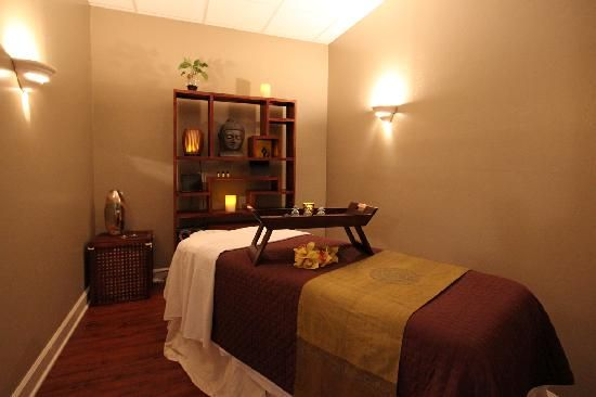 Health+Spa: Massage Room