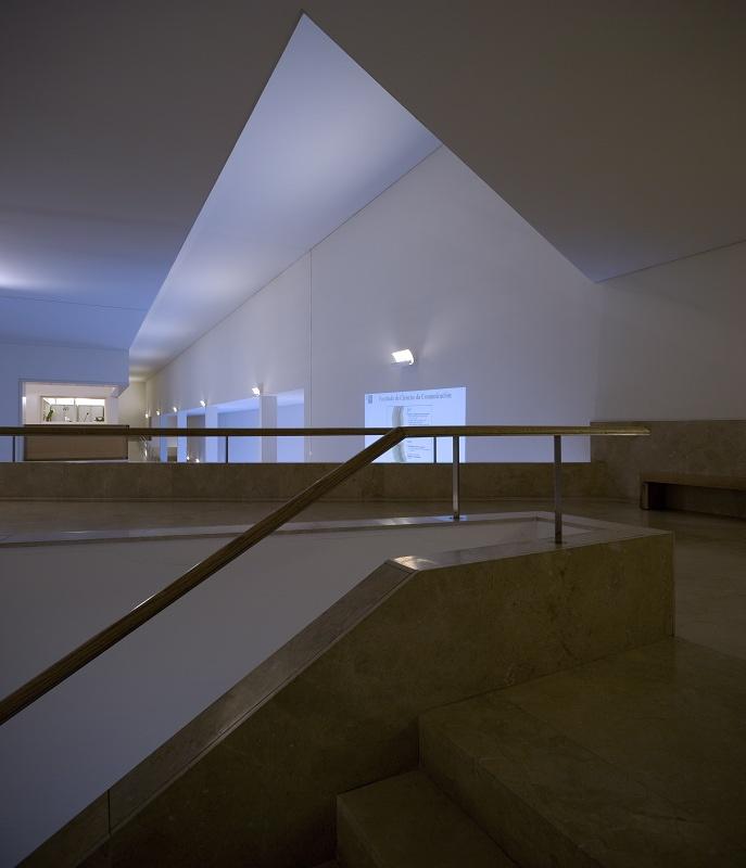 Faculdade de Jornalismo | Fac. of Media Sience  S. Compostela - 2001 | © Fernando Guerra, FG+SG Architectural Photography