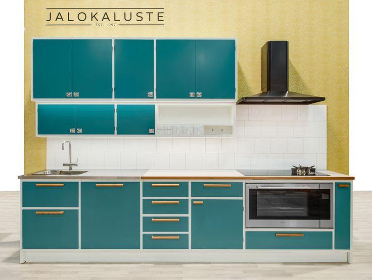 http://jalokaluste.fi/retrokeittiot/